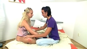 Blond slut is organism pleased on the daybed here mating and oral games